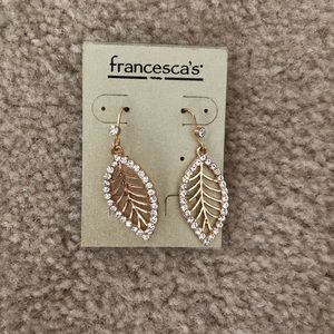 Francesca's Collections Leaf Dangling Earrings